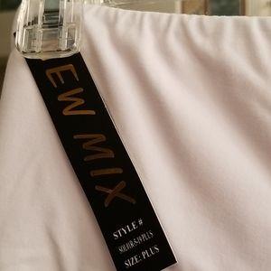New Mix Other - New Mix Capri pants